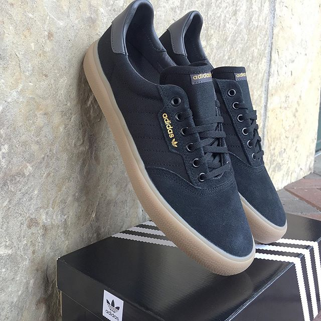 @adidasskateboarding 3MC $65. Mens 8-13. . . . . #urbanesteamboat #steamboatsprings #adidas #adidasskateboarding #threestripes #3mc