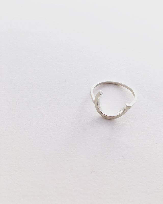R I N G  R I N G 💍💍 ——— Back in stock on our website now ——  www.appinandthird.com - Take 20% from now till the end of May as well using APPIN20 - . . . . #appinandthird #handmadejewellery #almostcirclering #floatingcirclering