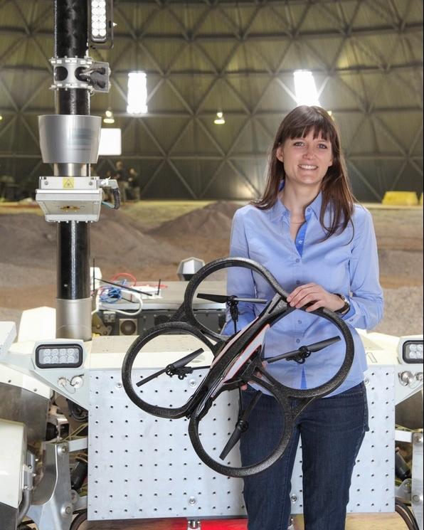 Dr. Angela P. Schoellig  Associate Professor, UTIAS Aerial Robotics & UAV Advisor