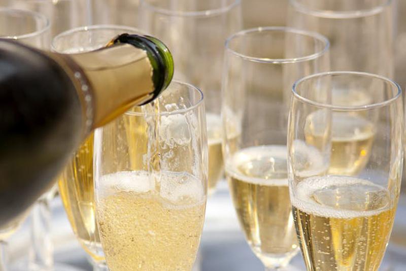 champagne toast 2.jpg
