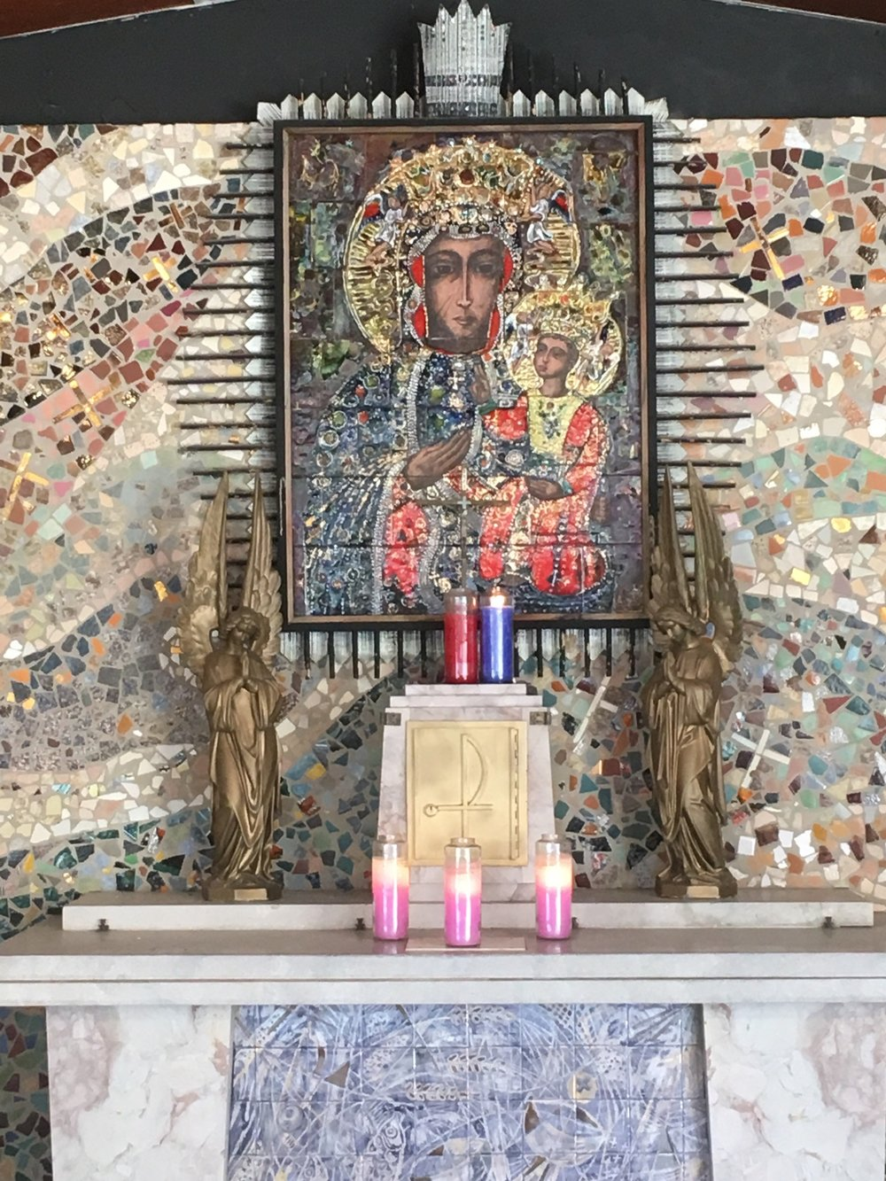 Shrine of the Black Madonna, Eureka, Mo. Photo by Jeffrey DeMond.