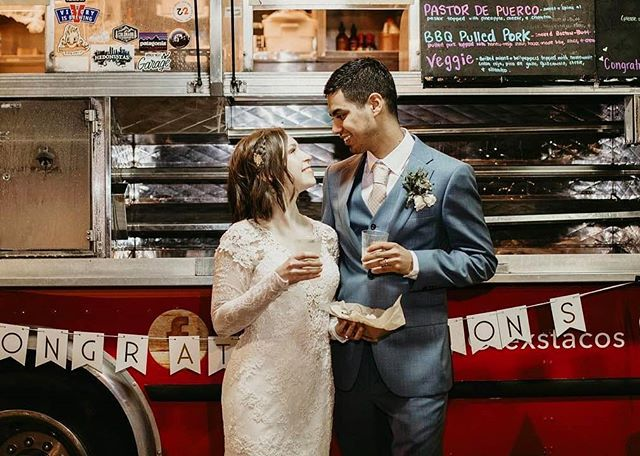 Thank you Ashlynn and Michael for sharing your special day with us! And thanks to @texstacos for catering this incredible evening. We're happy to work with local establishments to cater your wedding or other event – visit the link in our bio to check out our packages and rental details. 📸: @hellohoneyportraiture