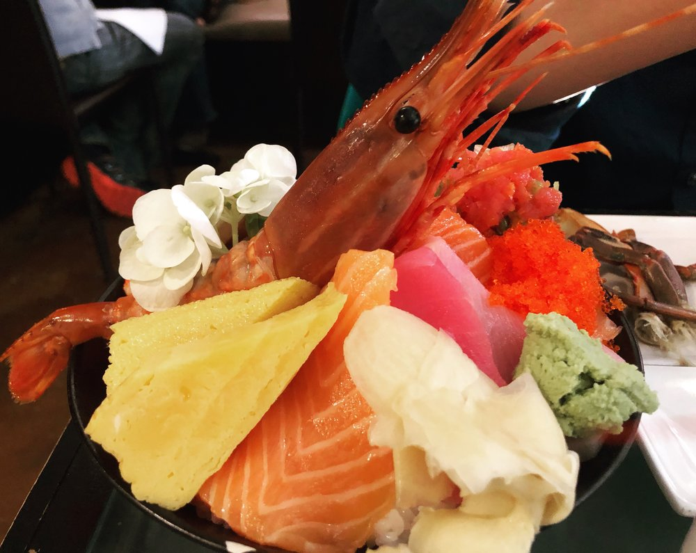 Chirashi-don from Now and Zen. Photo courtesey of Grace Tang '21.