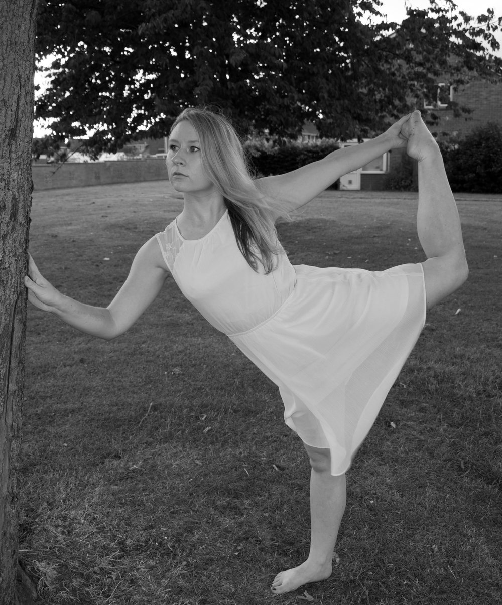 Dancer-BW.jpg