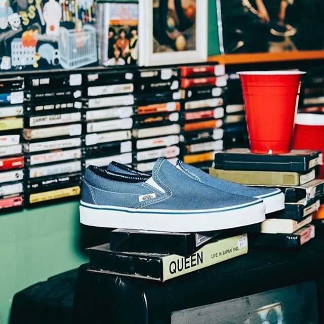 #ThrowbackThursday Throwing it back to the classics with @vansaustralia Shop your favourites in store now!