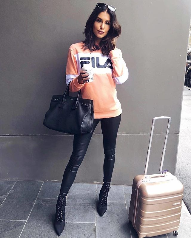 From your loungeroom to London, @FILA.Australia's sweats are perfect for just about any occasion 😍 Take some style inspo from the gorgeous @erinvholland and pick up a bargain at FILA's Fashion Spree outlet