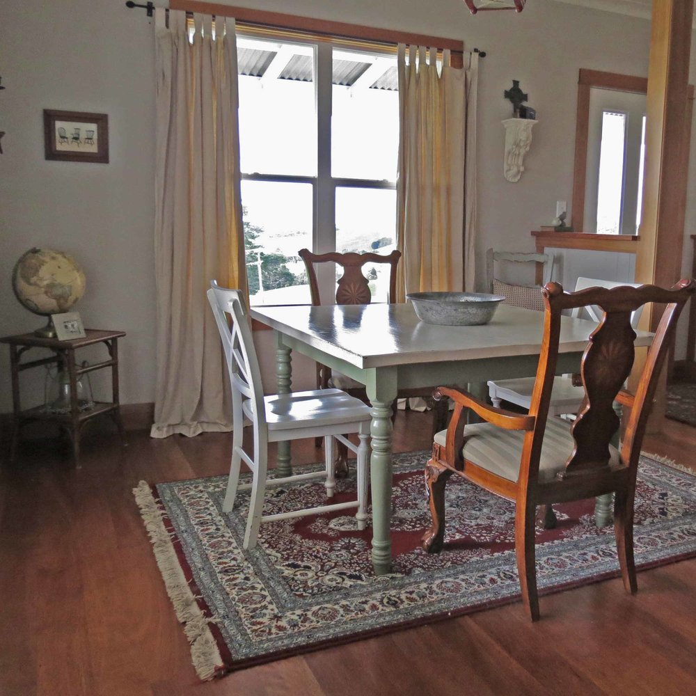 Vallely Residence: Dining Room
