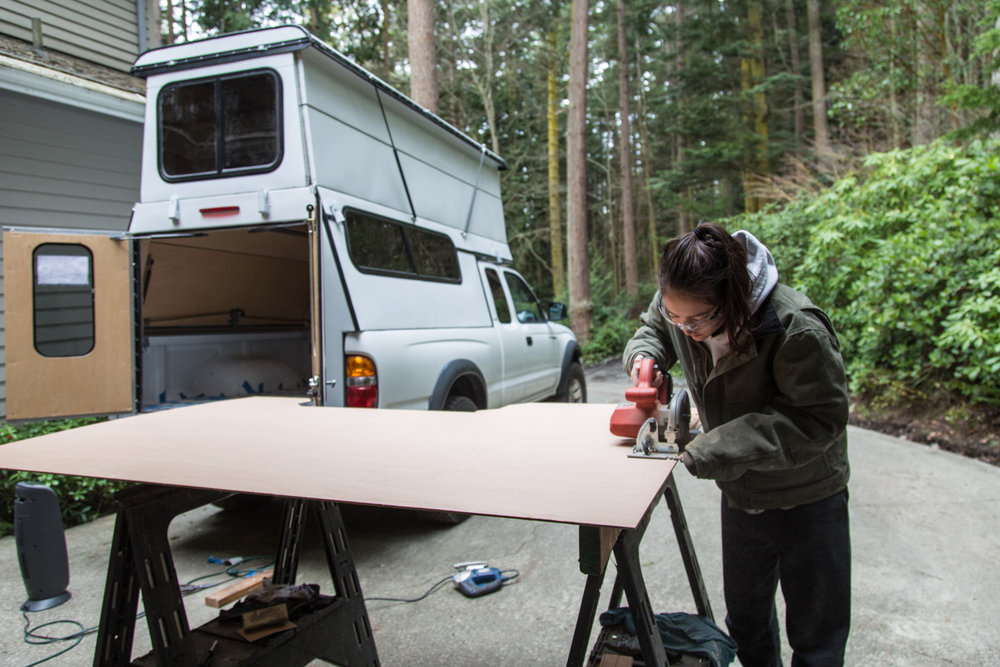 pop-up-camper-plywood-cutting.jpg