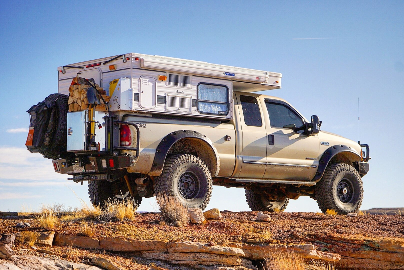 Classic Overland Ford F250 Gramp Camp Overland Kitted