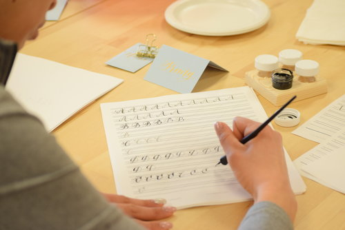 Paperloveme calligraphy modern calligraphy class for beginners
