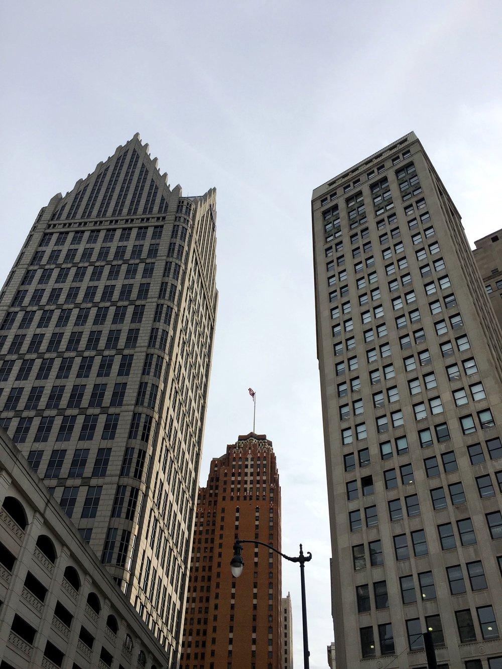 Michigan Sights / Downtown Detroit, Michigan / City / Sky Scraper