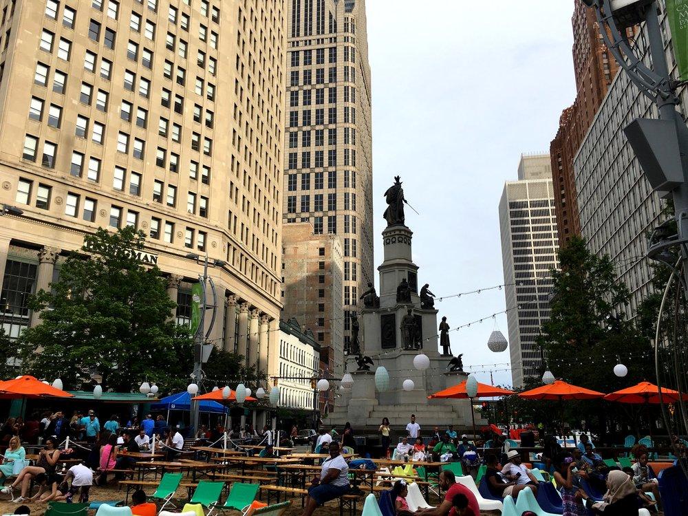 The Fountain Detroit / Downtown Detroit, Michigan / Beach