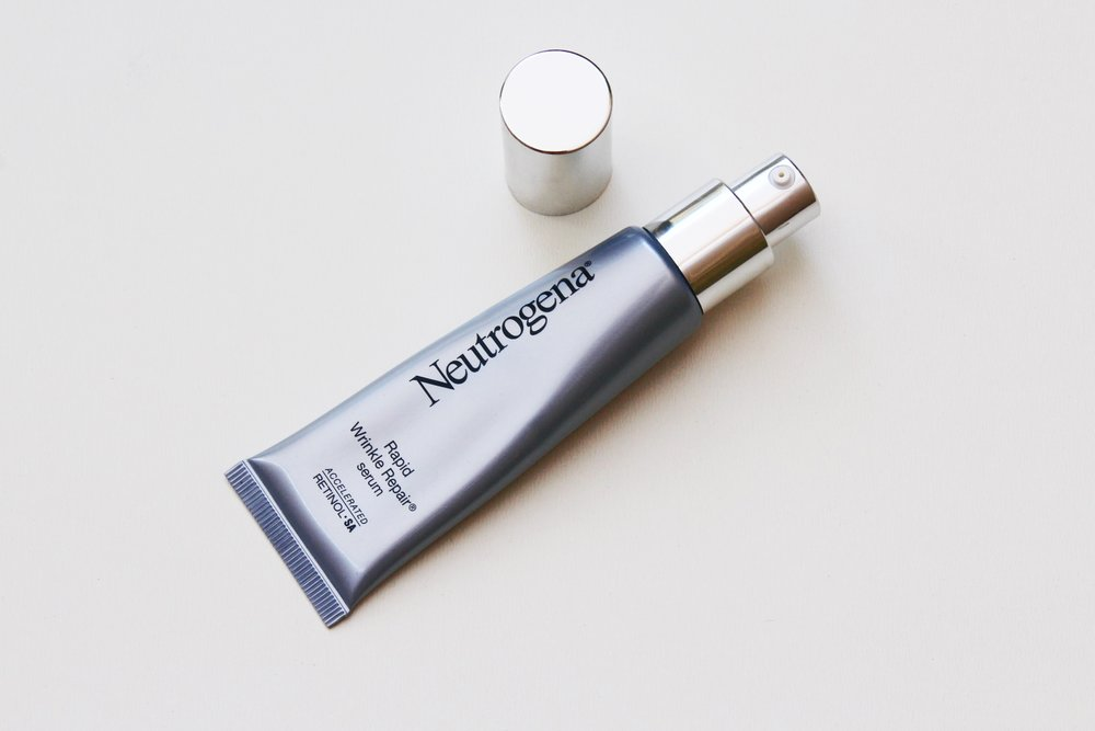 Neutrogena Rapid Wrinkle Repair Serum with pump applicator