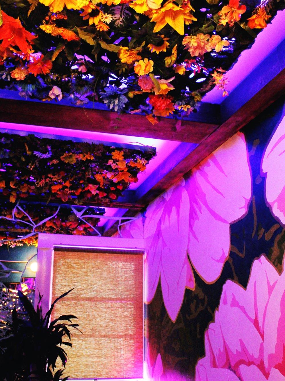 Flower ceiling decoration