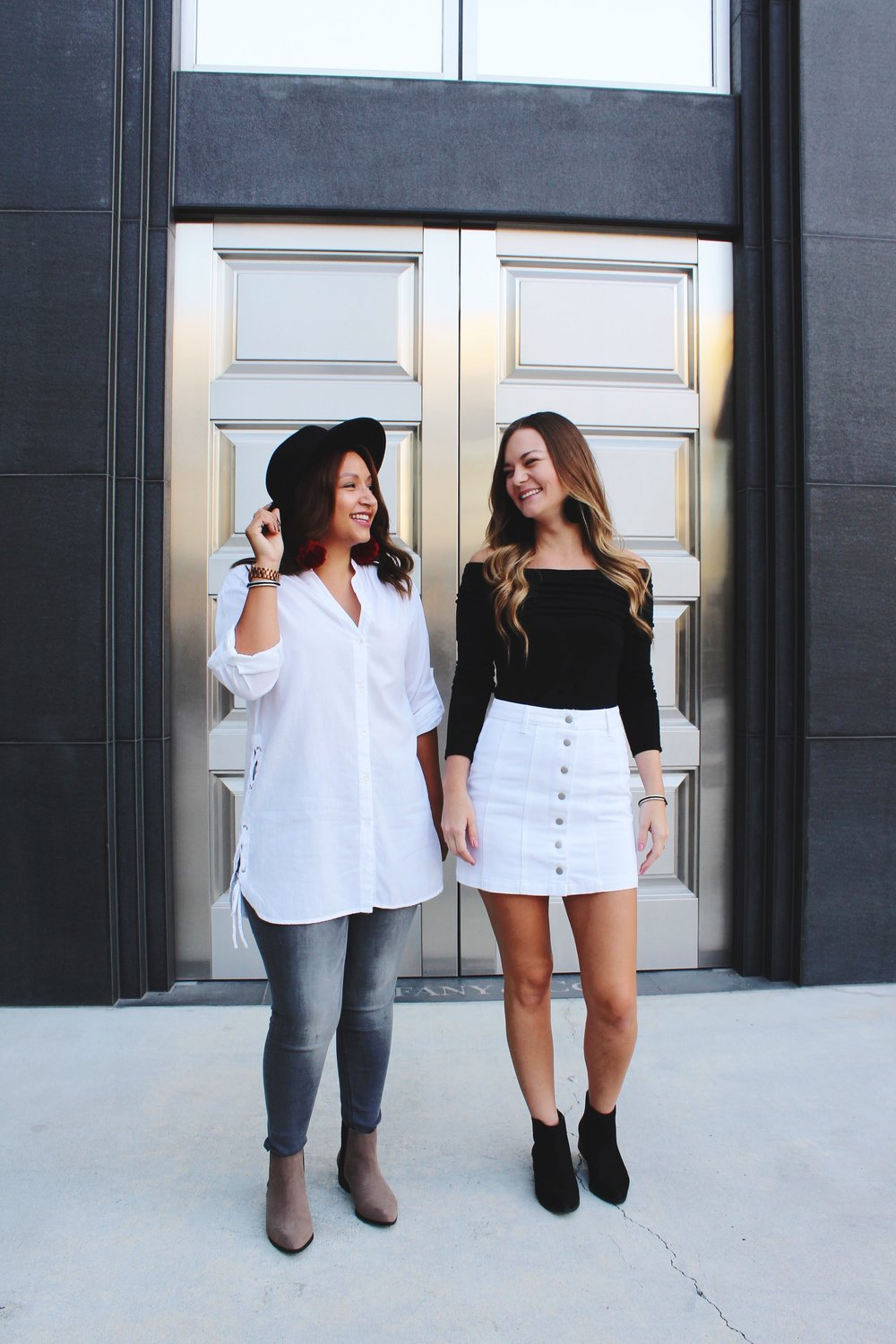 Tiffany's Store Front at Roseville Galleria/ Labor Day Outfits/ Zara Cotton Shirt/ Express Grey Jeans/ Black off the shoulder top/ White front button up skirt