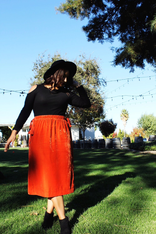 Burnt Orange Skirt wide brim fedora Lodi California Winery