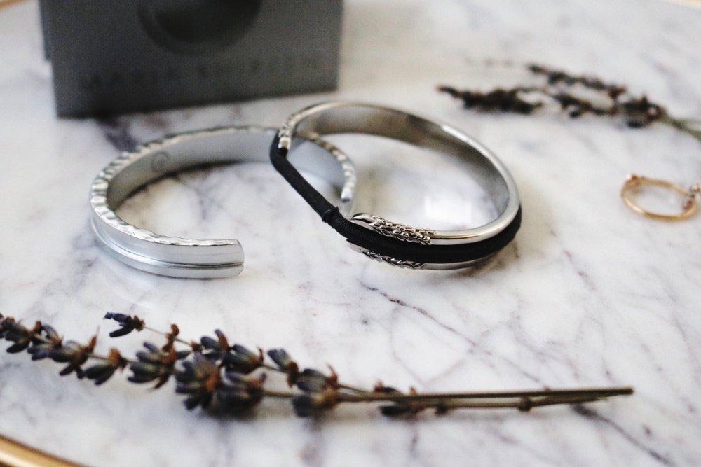 Maria Shireen Silver bracelets lavender