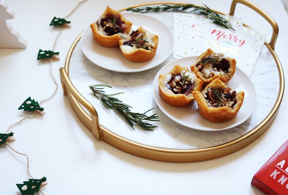 Baked Cranberry Brie Bites Christmas party idea