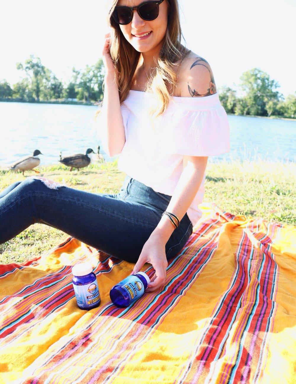Life's Wellness // Probiotics // Woven Picnic Blanket // Maria Shireen Bracelet