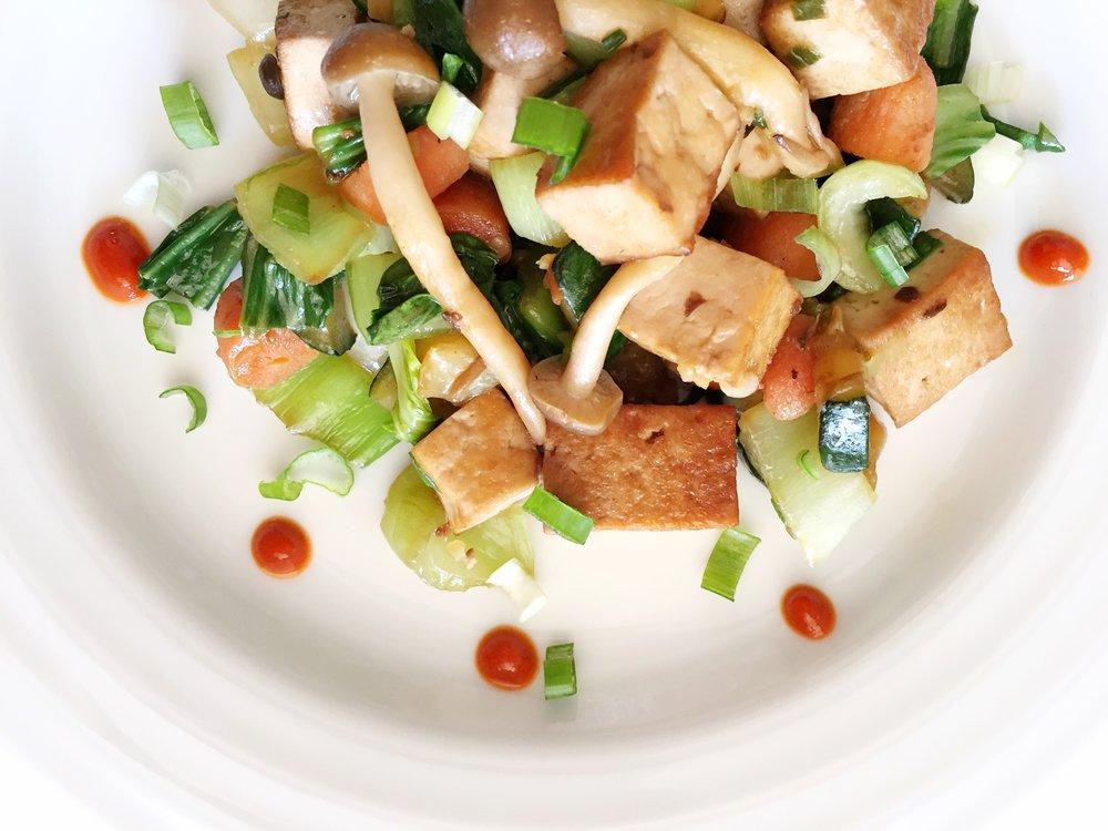 Ginger Tofu Stir Fry with sriracha