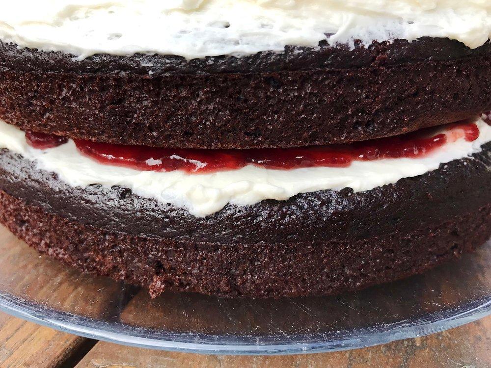 chocolatecake_ofthesamemix.jpg