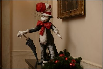 WhiteHouseTheCatintheHat2003.jpg