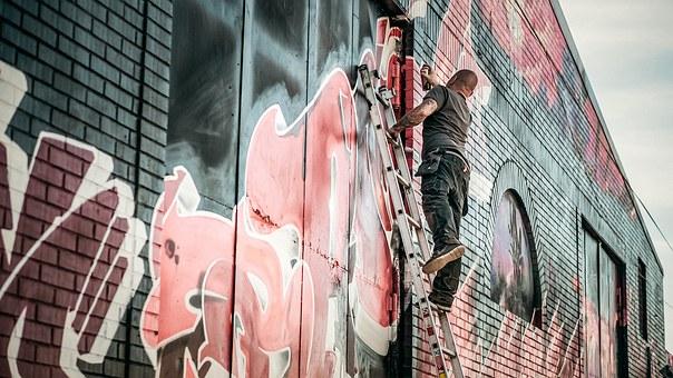graffiti-e836b90f29_340.jpg