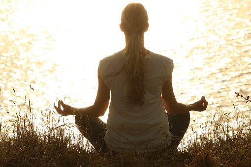 meditate-e83db40e29_340.jpg