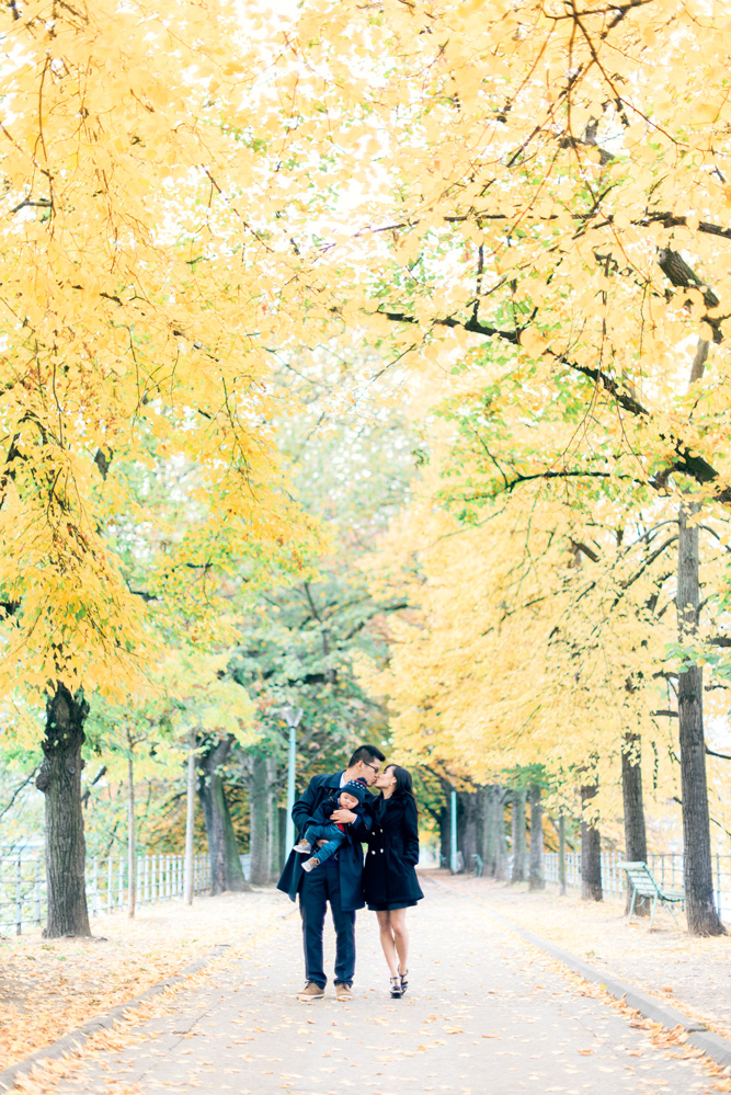 Paris photographer - Fall family time in Paris