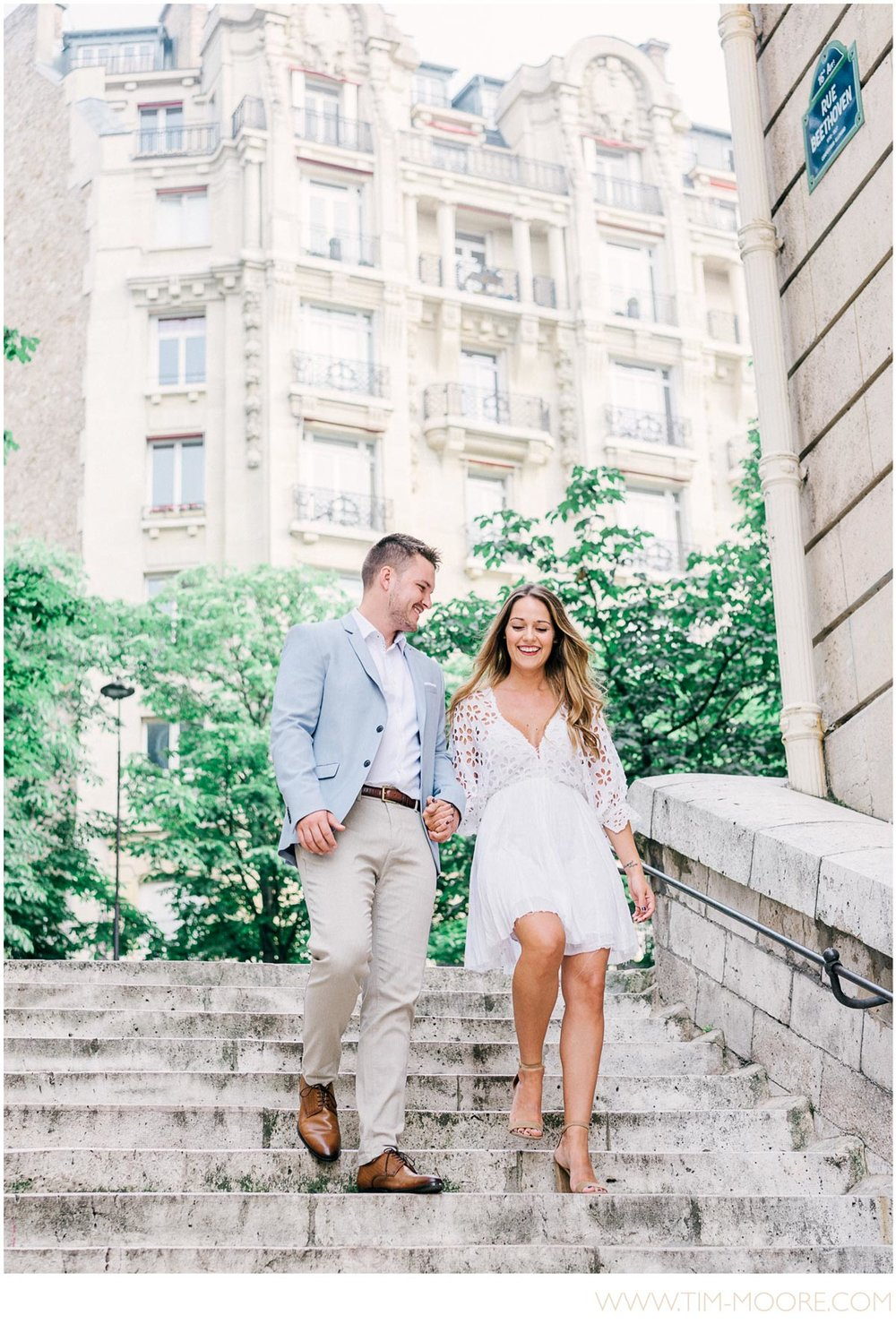 Paris Engagement Photographer - Anna and Jonathan wandering in a typical parisian street