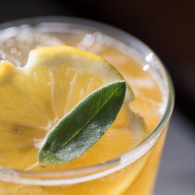 The trick to forgetting the big picture is to look at everything close up. ― Chuck Palahniuk . . Joe Peche - Crème de Pêche, Sage, Lemon, Pale Ale . . #cocktail #cocktails #cocktailhour #craft #crafted #craftedcocktails #instadrink #liquorgram #cocktailsocial #cheers #liquor #happyhour #drinks #mixology #dtsa #santaana #oc #orangecounty #friday #fridaynight #happyfriday #weekend #weekendishere #eatchow #perspective #wisdom
