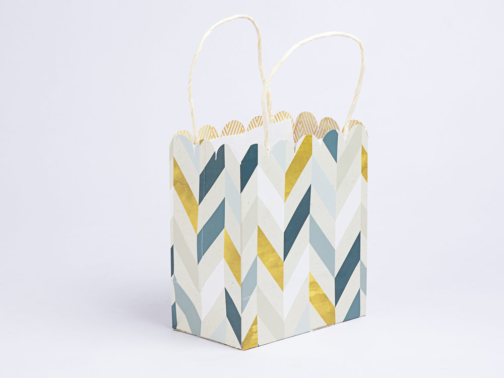 Zig Zag Gift Bag Small.JPG