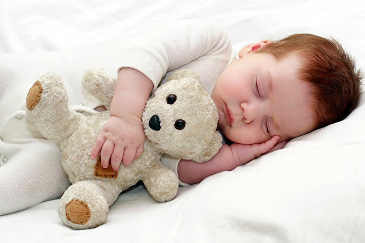 baby-sleeping-on-side.-Is-it-safe.jpg