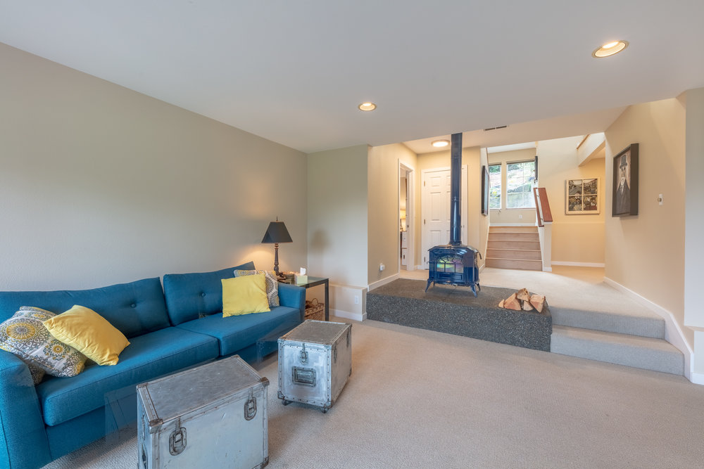 Bainbridge Homes-16-HDR.jpg
