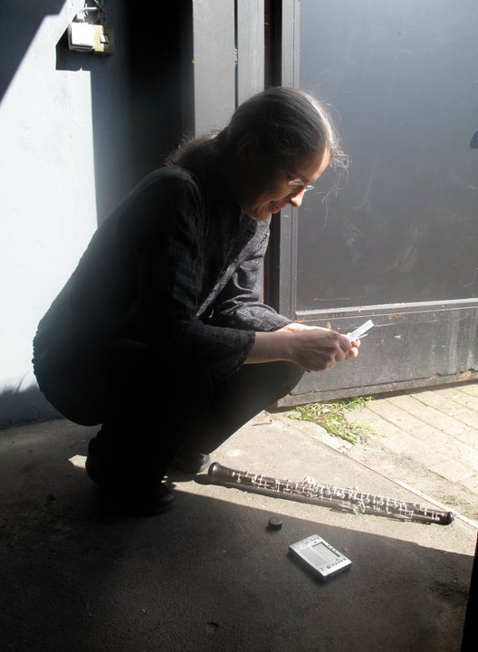 quickly changing a reed before a concert in Bremen German to play at 445!!!.jpg