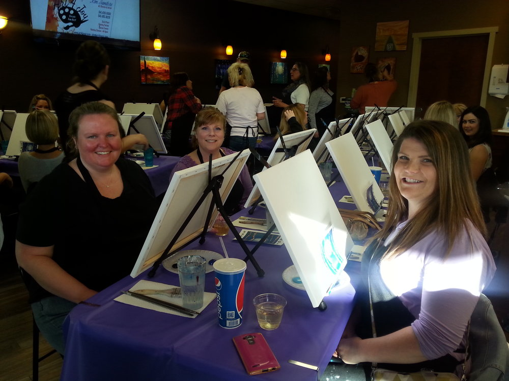 ART 4 JOY - Sip n' Paint - Central Point - What to do in Southern Oregon - Things to do - Events - Girls Night - Family - Kids (5).jpg