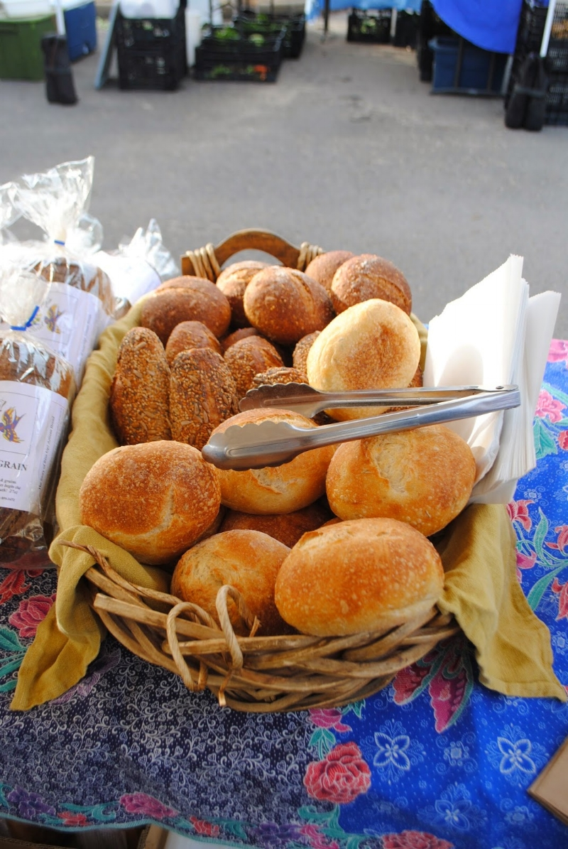 ROGUE VALLEY GROWER'S MARKET - Rise Up! Bakery - What to do in Southern Oregon - Things to do in Medford and Ashland with the Kids