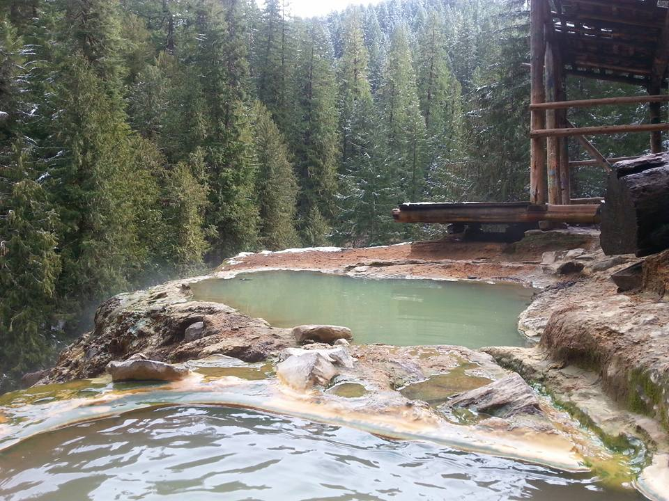 UMPQUA HOT SPRINGS - What to do in Southern Oregon - Things to do - Hot Springs 2.jpg