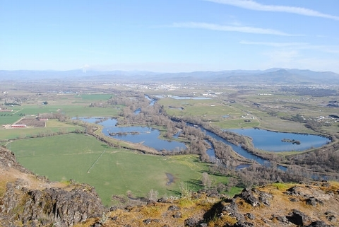 LOWER TABLE ROCK - What to do in Southern Oregon - Things to do - Hiking