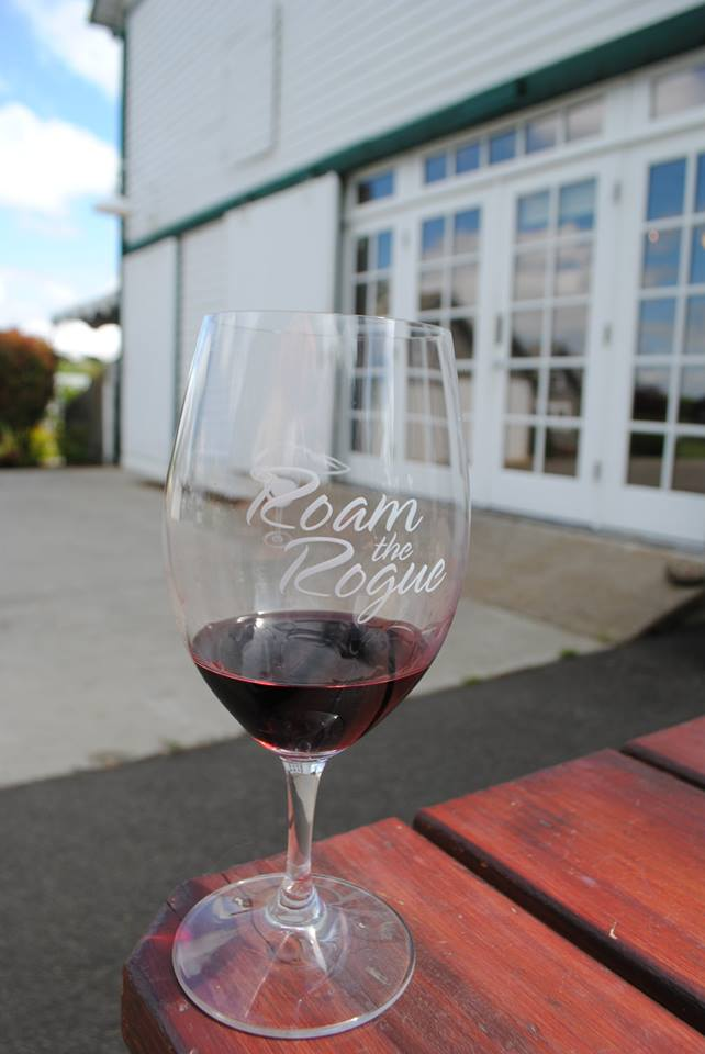 ROAM THE ROGUE - Seven Wineries, One Day - What to do in Southern Oregon - Things to do - Wine Tasting  - Upper Rogue Wine Trail