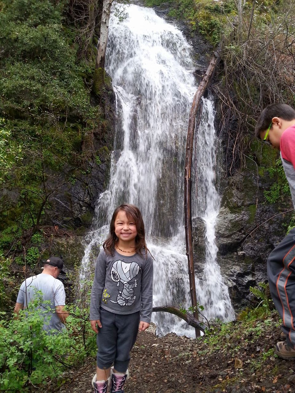 RAINIE FALLS - Hiking with Kids - What to do in Southern Oreghon- THings to do in Merlin - Grants Pass - Waterfalls - Events