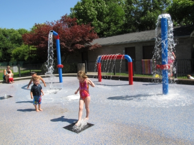 GARFIELD PARK - What to do in Southern Oregon - Spray Parks - Things to do with Kids - Ashland