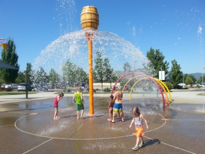 DON JONES MEMORIAL PARK - What to do in Southern Oregon - Spray Parks - Things to do with Kids - Central Point