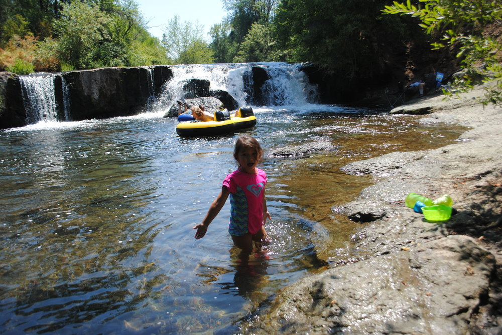 CROWFOOT FALLS - Swimming Holes - What to do in Southern Oregon - Trail, Oregon