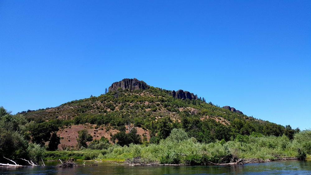 ROGUE JET BOAT ADVENTURES - LOWER TABLE ROCK - WHAT TO DO IN SOUTHERN OREGON