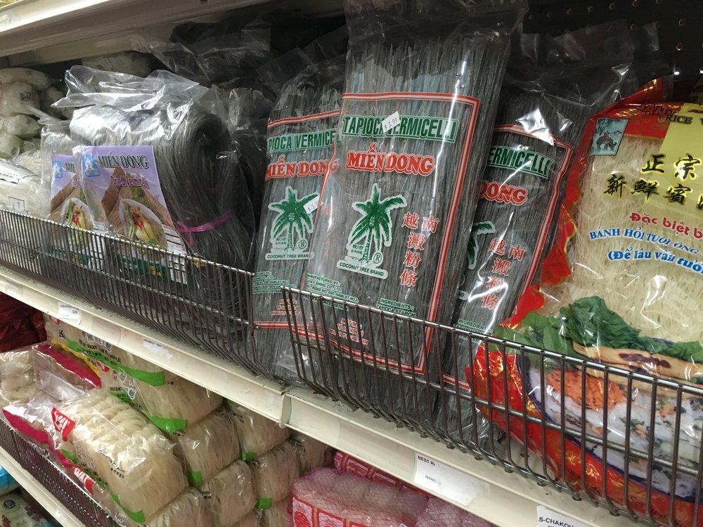 Grain-free mung bean noodles and tapioca noodles; rice noodles.
