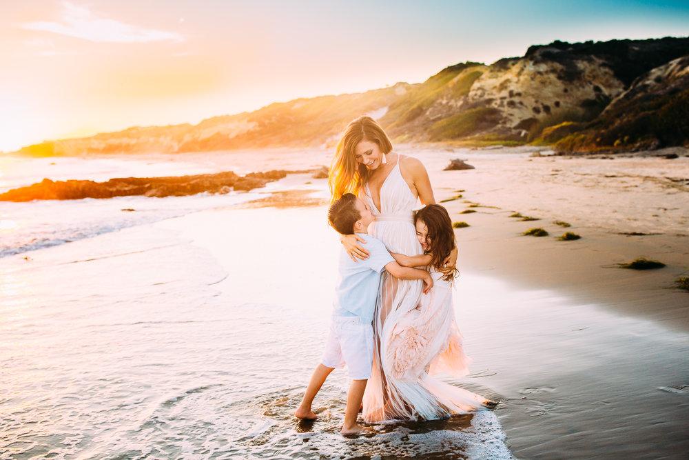 newportbeachfamilyphotographer-9.jpg