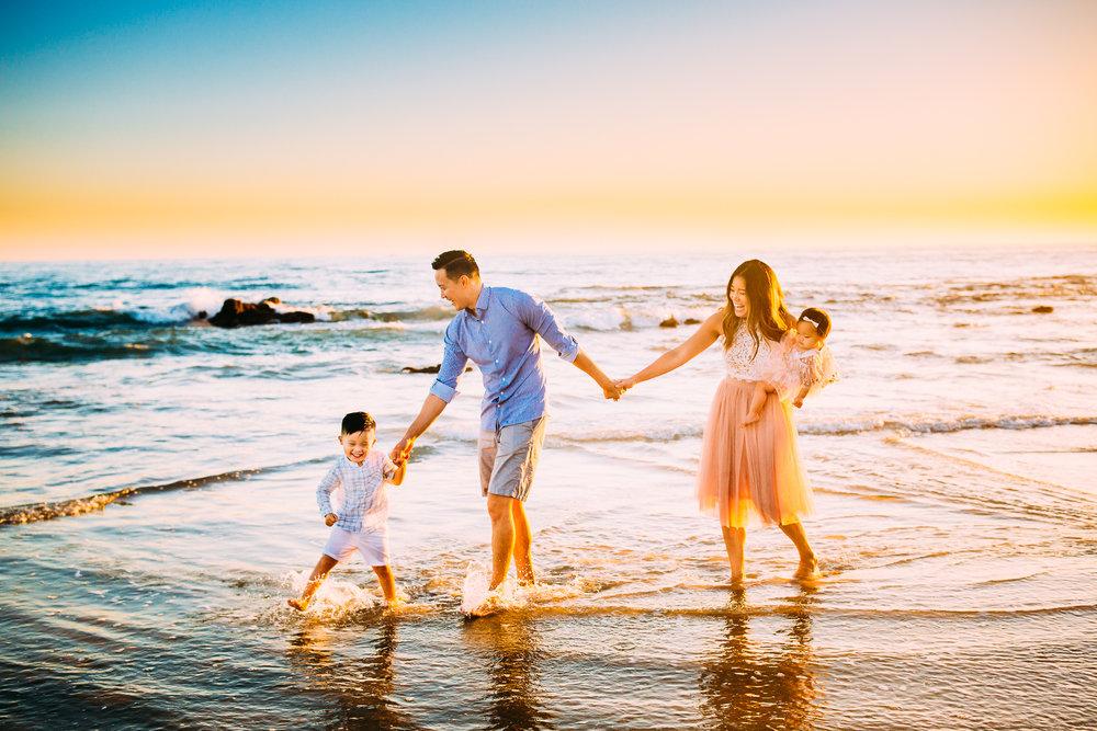 newportbeachfamilyphotographer-2.jpg
