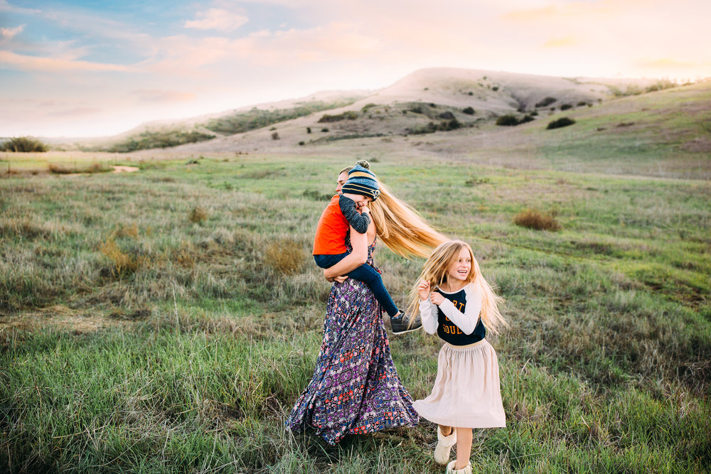whimsical motherhood family session in Orange County California