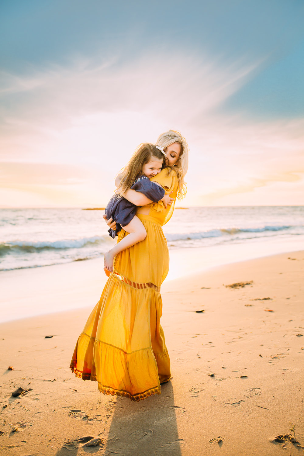 mom and me photo session at Newport Beach in Orange County, CA